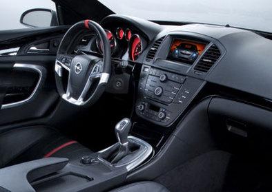 Bienvenue à bord de l'Opel Insigna/Vectra