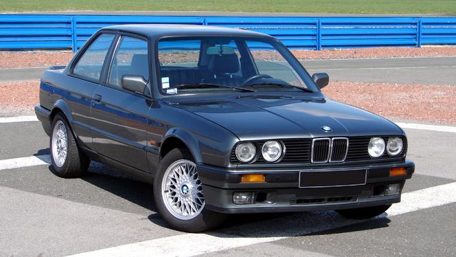 S1-L-avis-proprietaire-du-jour-FOCAS-nous-parle-de-sa-BMW-Serie-3-E30-325i-219356