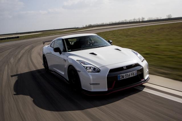 Les essais de Soheil Ayari - Nissan GT-R Nismo : Godzilla est de retour