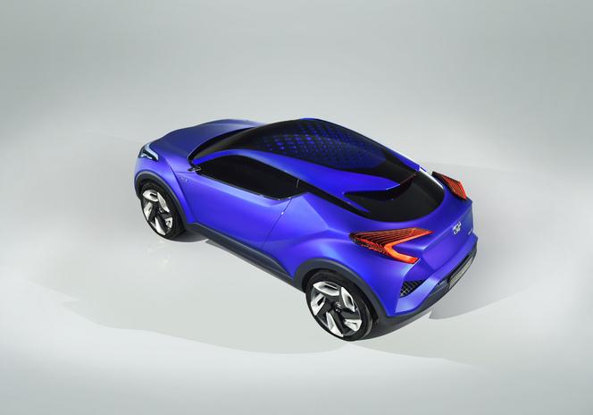Salon de Paris 2014 - Toyota C-HR: musclé