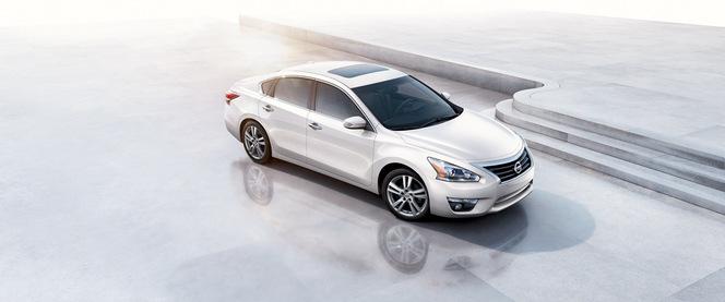 New York 2012 : nouvelle Nissan Altima, plus affûtée