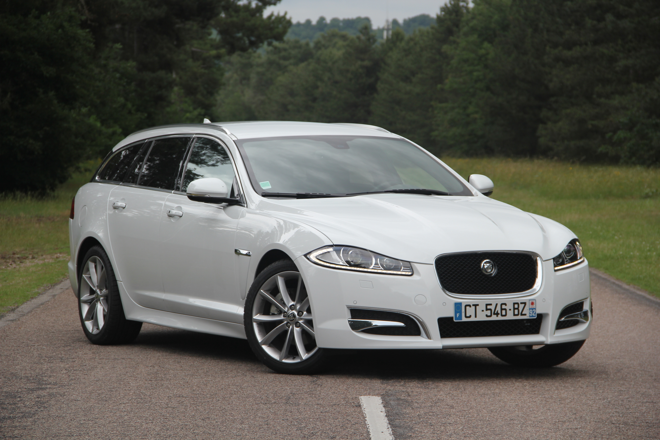 essai jaguar xf sportbrake le on de s duction. Black Bedroom Furniture Sets. Home Design Ideas