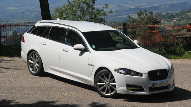 actualit essai jaguar xf sportbrake le on de s duction. Black Bedroom Furniture Sets. Home Design Ideas