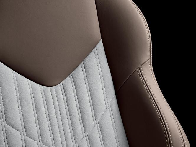 Une série limitée Peugeot RCZ Brownstone