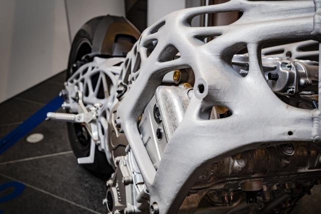 BMW: le cadre imprimé en 3D, c'est maintenant!