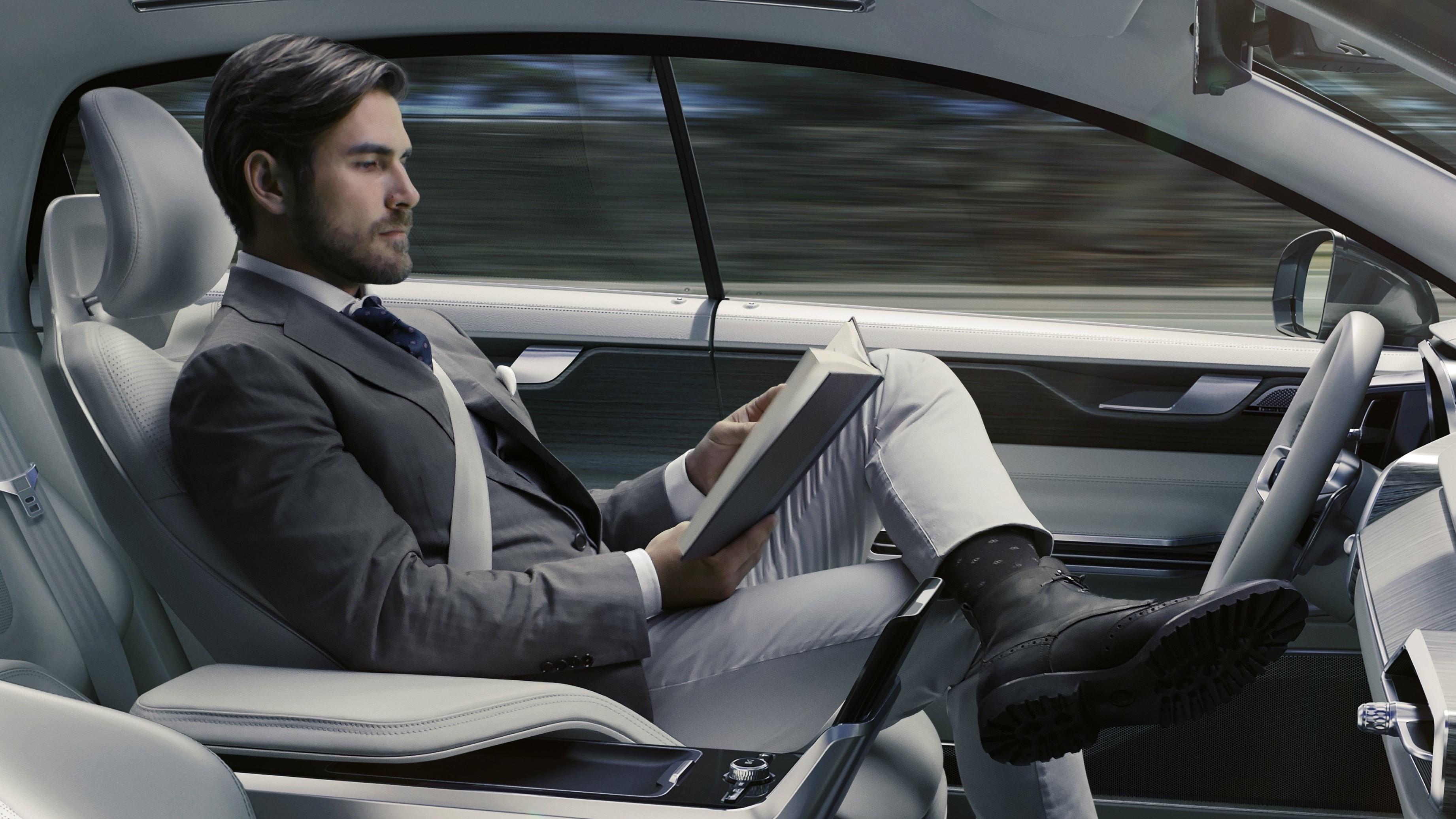 Voiture autonome : 1/3 des Français prêts à en acheter une, et 1/2 pense que