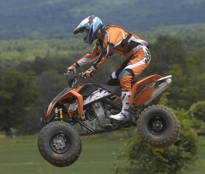 KTM recrute ses futurs distributeurs Quads...