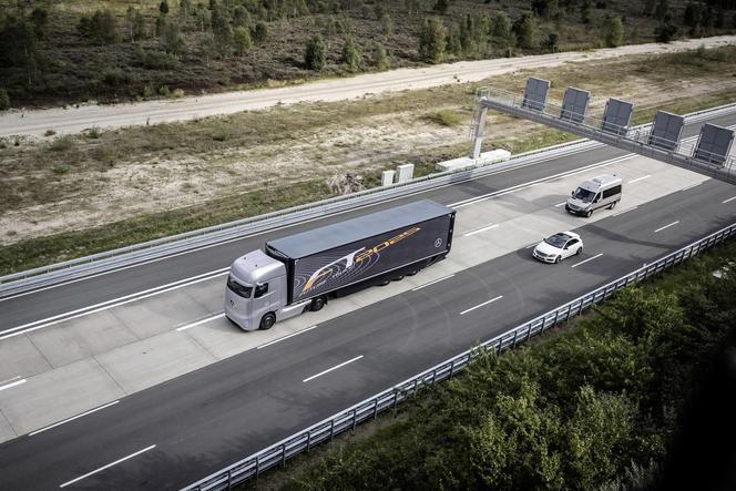 IAA 2014 - Mercedes Benz Future Truck 2025: un concept autonome