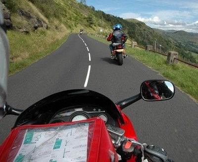 Séjour rando/ moto en Auvergne: l'effet volcan.