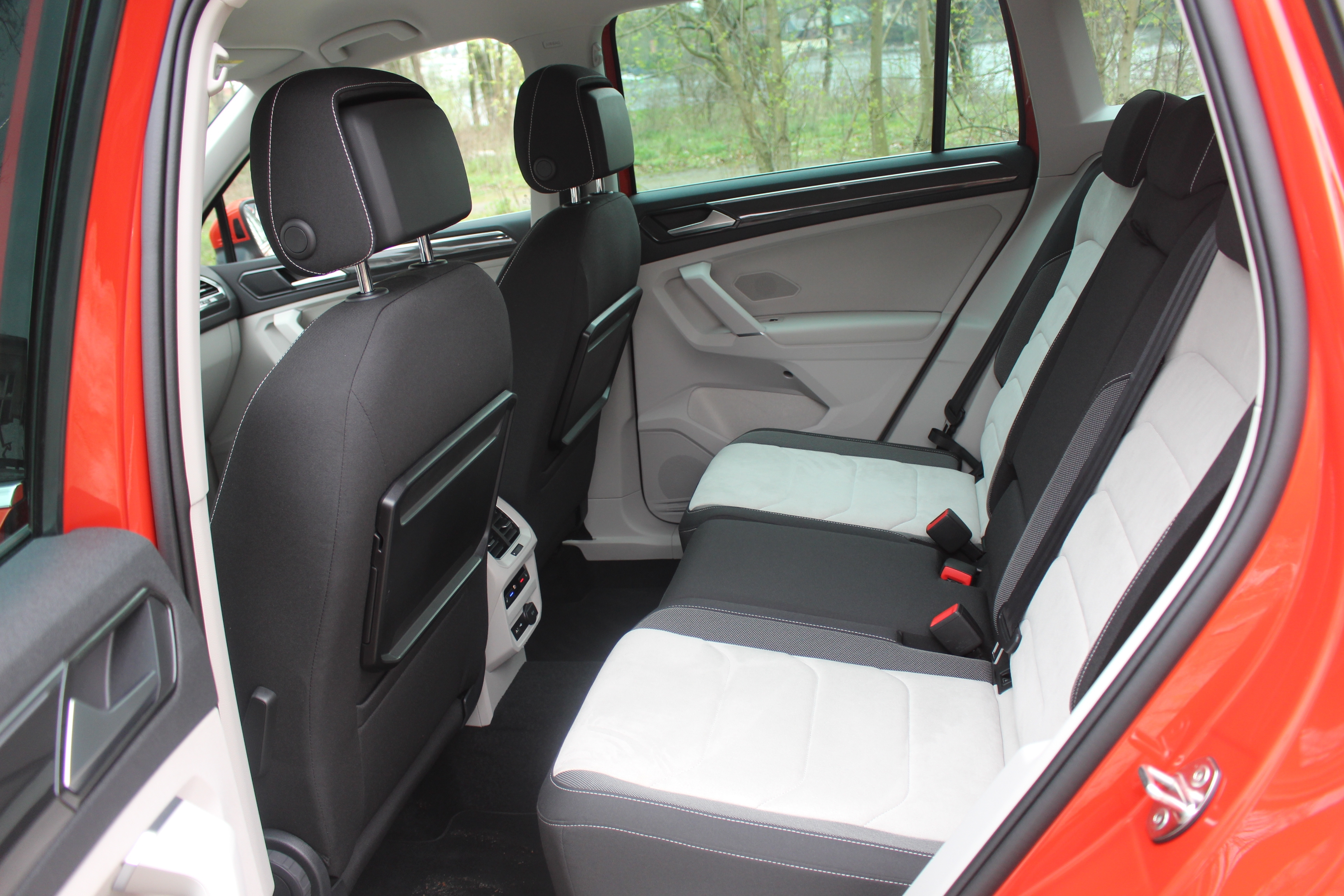 essai vid o volkswagen tiguan 2 le r veil de la force. Black Bedroom Furniture Sets. Home Design Ideas