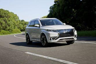 Salon de Paris 2014 : Mitsubishi PHEV Concept-S, copie corrigée