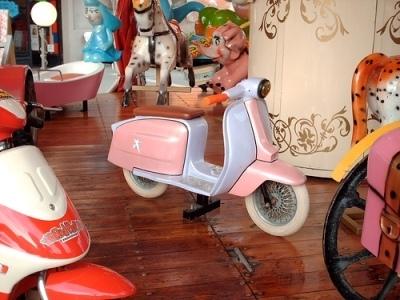 Photo du jour : scooter au berceau