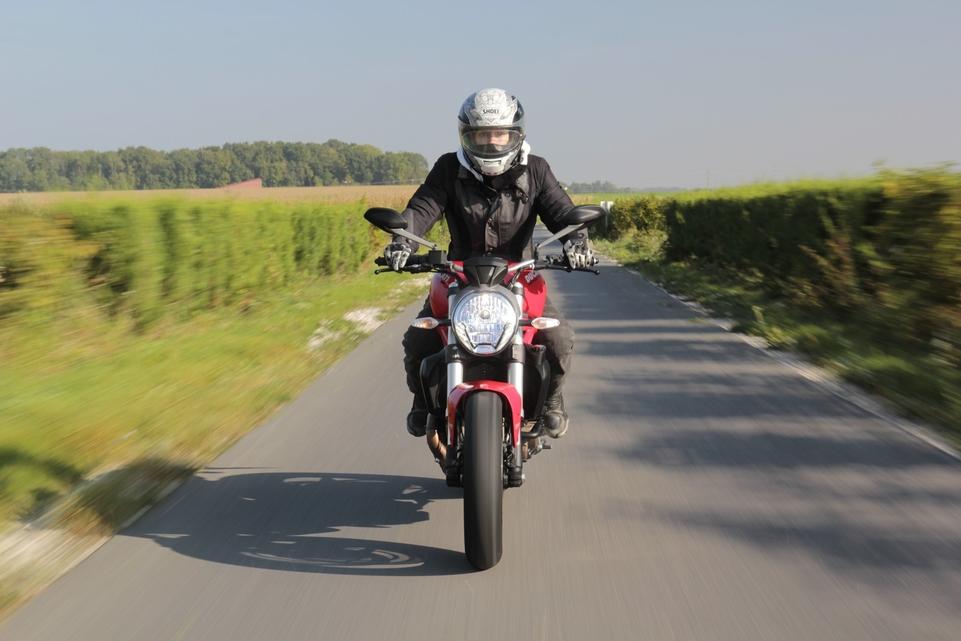 Essai Ducati Monster 821 : le diablotin angélique