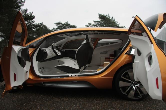 Vidéo - Renault R-space : Caradisiac vous invite à bord