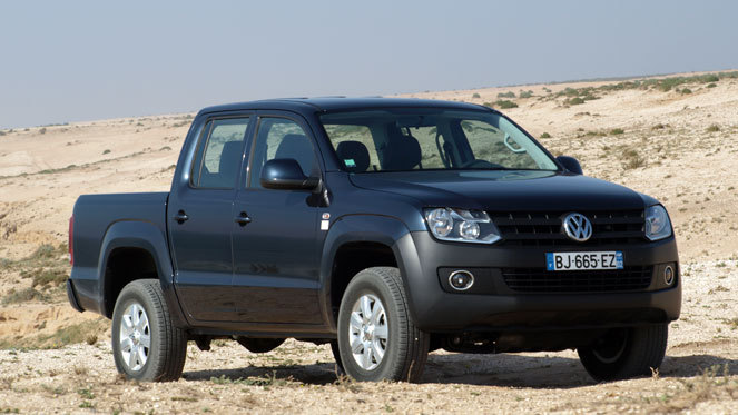 essai vid o volkswagen amarok un pro tr s particulier. Black Bedroom Furniture Sets. Home Design Ideas