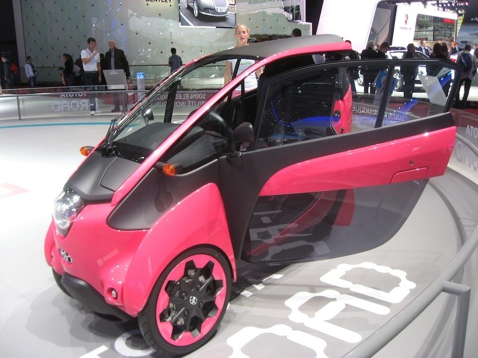 Toyota I-Road : un nouveau type de mobilité urbaine électrique