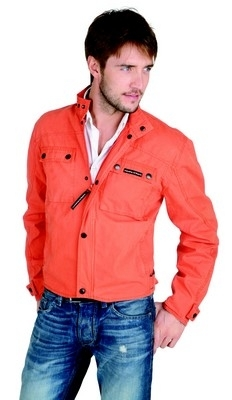 Tucano Urbano Shorty Cotton: en couleur, c'est encore mieux.
