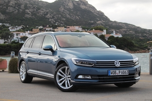 L'alternative en occasion: la Volkswagen Passat SW.