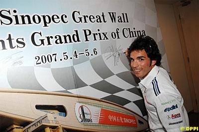 Moto GP: Chine D.1: Après Rossi, Elias agace Stoner