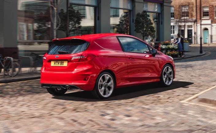2017 - [Ford] Fiesta MkVII  - Page 15 S1-ford-presente-une-version-utilitaire-de-la-fiesta-550694