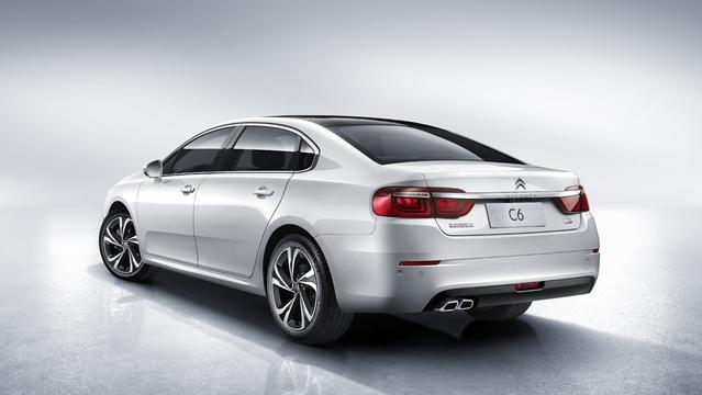 Citroën dévoile la nouvelle C6 pour la Chine
