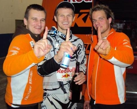 Taddy Blazusiak remporte la coupe du monde d'Enduro Indoor