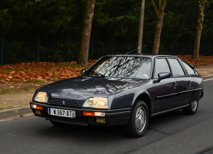 Sur route, la GTI Turbo 2 en remontre à bien des modernes!