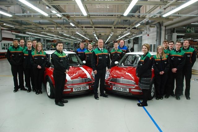 Le groupe BMW fête les 15 ans de la Mini moderne