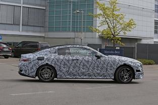 Scoop : le coupé Mercedes Classe E de sortie