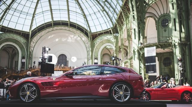 La GTC4 Lusso garde le style et les proportions de la FF, mais en dynamise encore les détails.