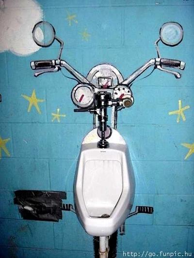 Photo du jour : voilà une vrai moto d'Homme et uniquement pour eux