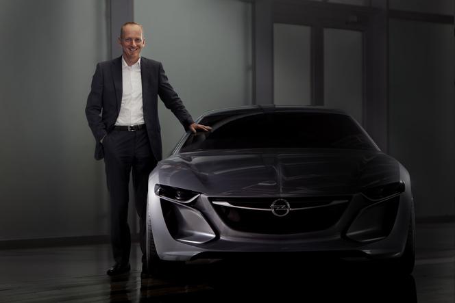 Opel lève un coin du voile sur son concept Monza