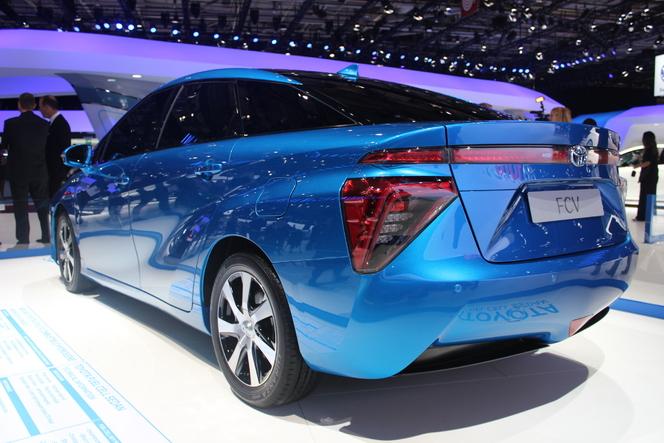 Toyota à pile à combustible : l'hydrogène de série - En direct du Salon de Paris 2014