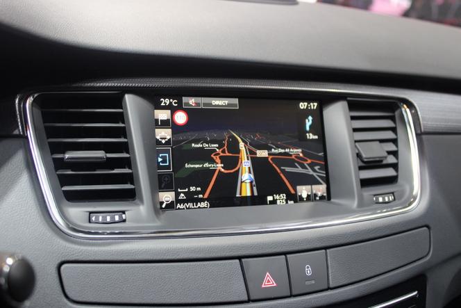 Peugeot 508 restylée : plus 607 que 407 - Vidéo en direct du salon de Paris 2014