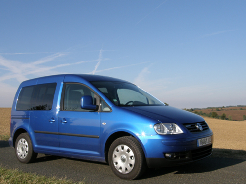 Essai - Volkswagen Caddy TDi 105 FAP BlueMotion : sérieuse antinomie
