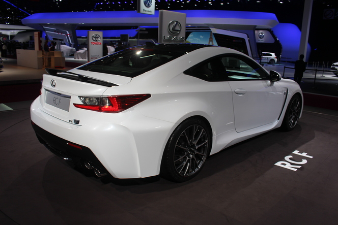 Lexus RC F : pure sportive - En direct du salon de Paris 2014