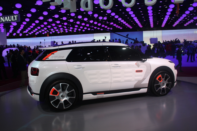 Citroën C4 Cactus Airflow concept : 2l/100 km ! - En direct du salon de Paris 2014