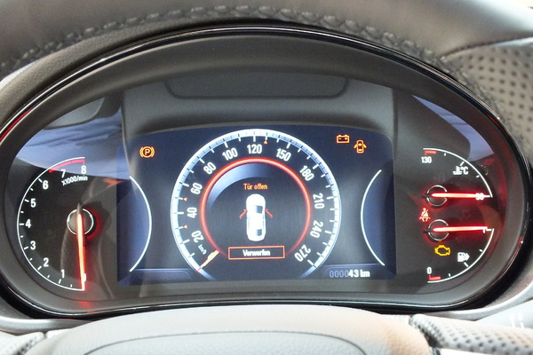 S7-Presentation-video-Opel-Insignia-seconde-vie-297641