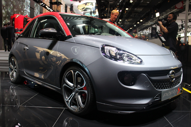 Opel Adam S : Sport chic - Vidéo en direct du Salon de Paris 2014
