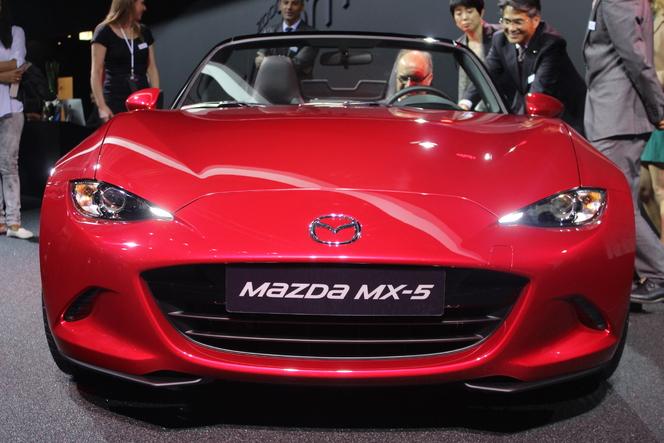 Mazda MX5 ND : les moteurs, enfin ! - Vidéo en direct du Salon de Paris 2014