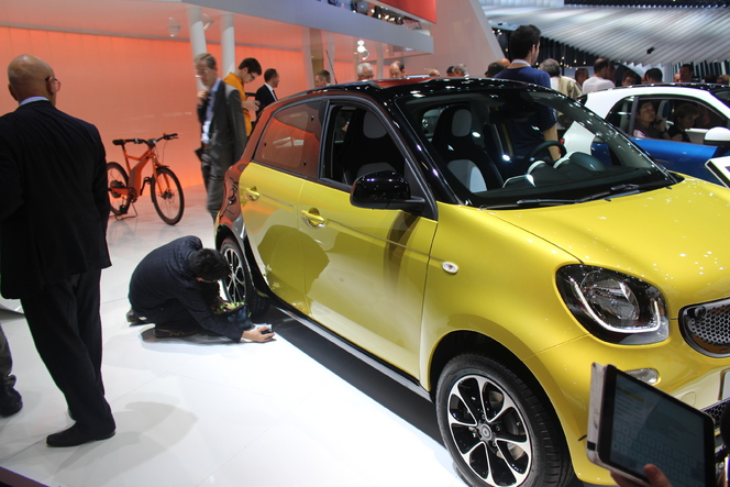 Smart Forfour 3 : l'entente cordiale - Vidéo en direct du salon de Paris 2014