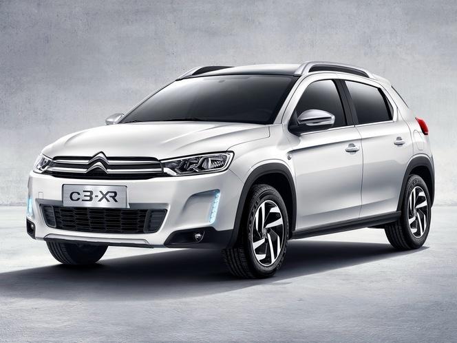 Citroën dévoile son nouveau C3-XR réservé à la Chine au C_42, sur les Champs Elysées