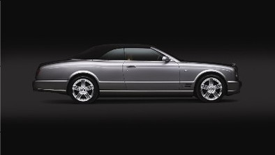 Salon de Los Angeles: Bentley Azure T