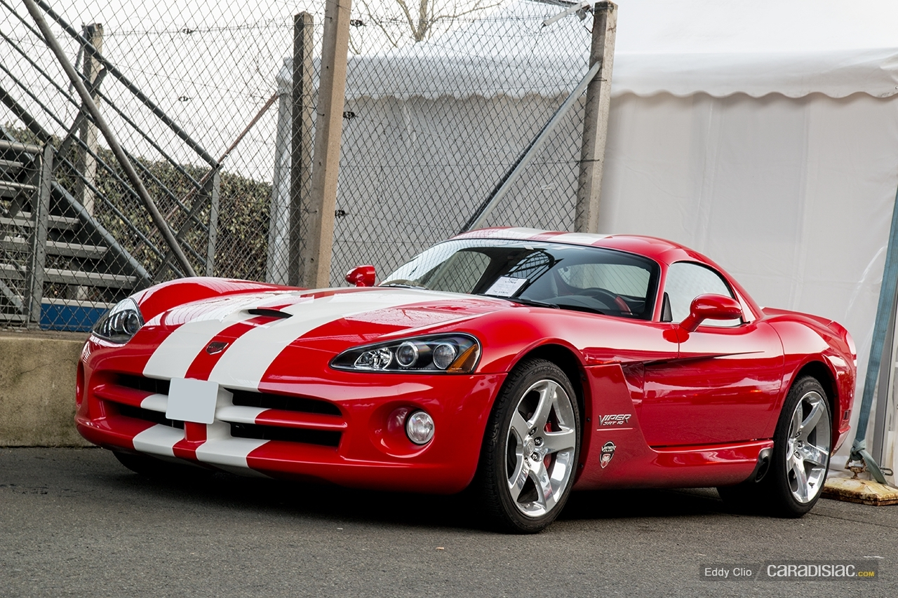 photos du jour dodge viper srt 10 exclusive drive. Black Bedroom Furniture Sets. Home Design Ideas