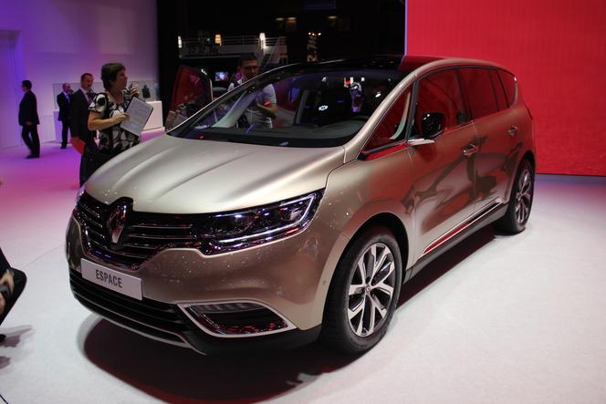 Renault Espace 5 :  nouvelle ère - Vidéo en direct du salon de Paris 2014