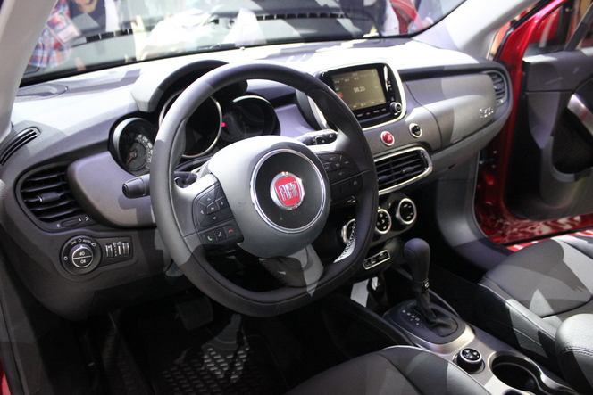 Fiat 500 X : ultime déclinaison ?  - Vidéo en direct du salon de Paris 2014