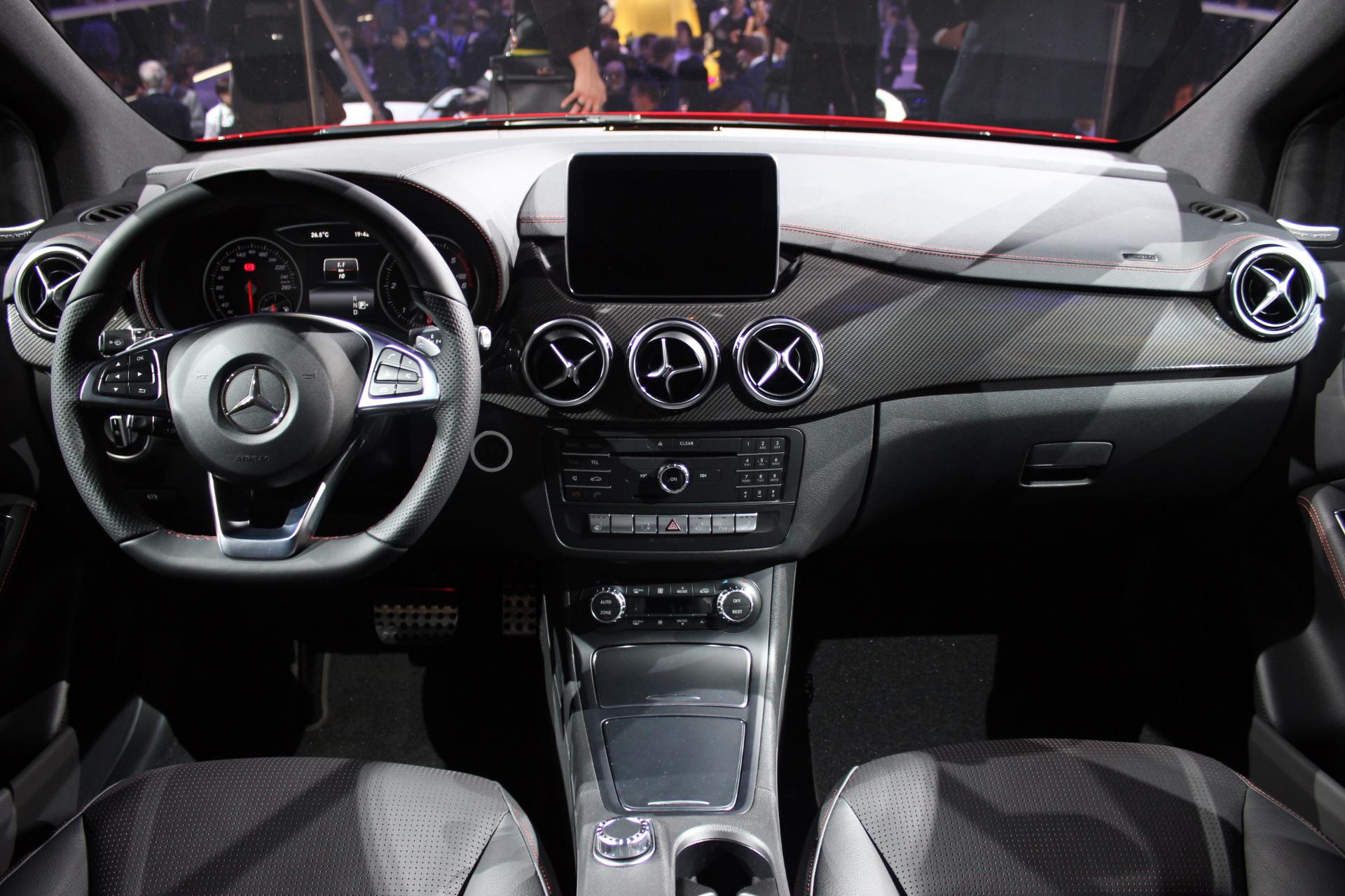 Mercedes classe b restyl mise au point vid o en for Mercedes classe b interieur