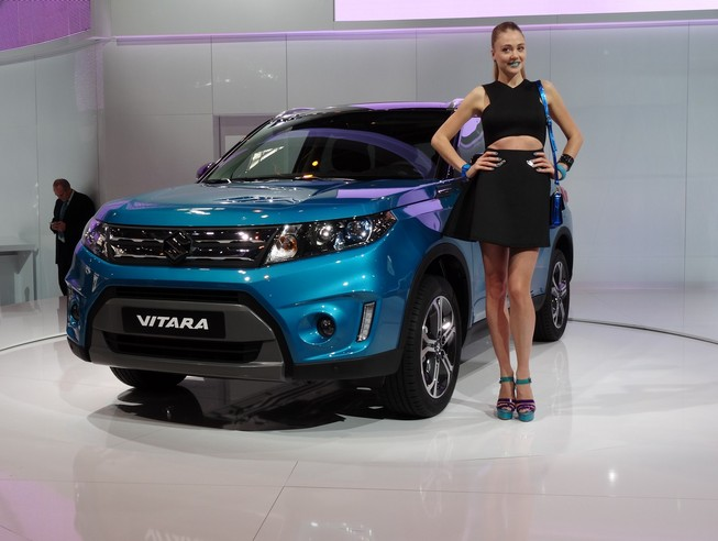 Suzuki Vitara 2015: Si l'Evoque était Capturé...- Vidéo en direct du Salon de Paris 2014