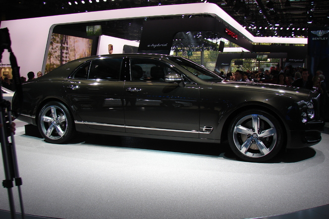 Bentley Mulsanne Speed: limousine express - En direct du Salon de Paris 2014