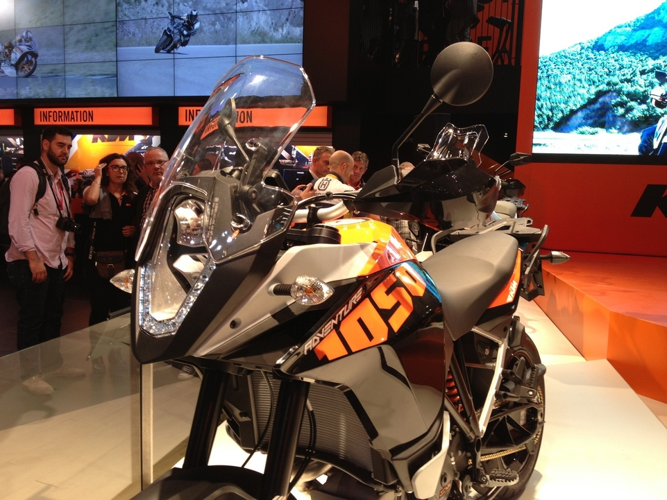 En direct de l'EICMA : KTM Aventure 1050